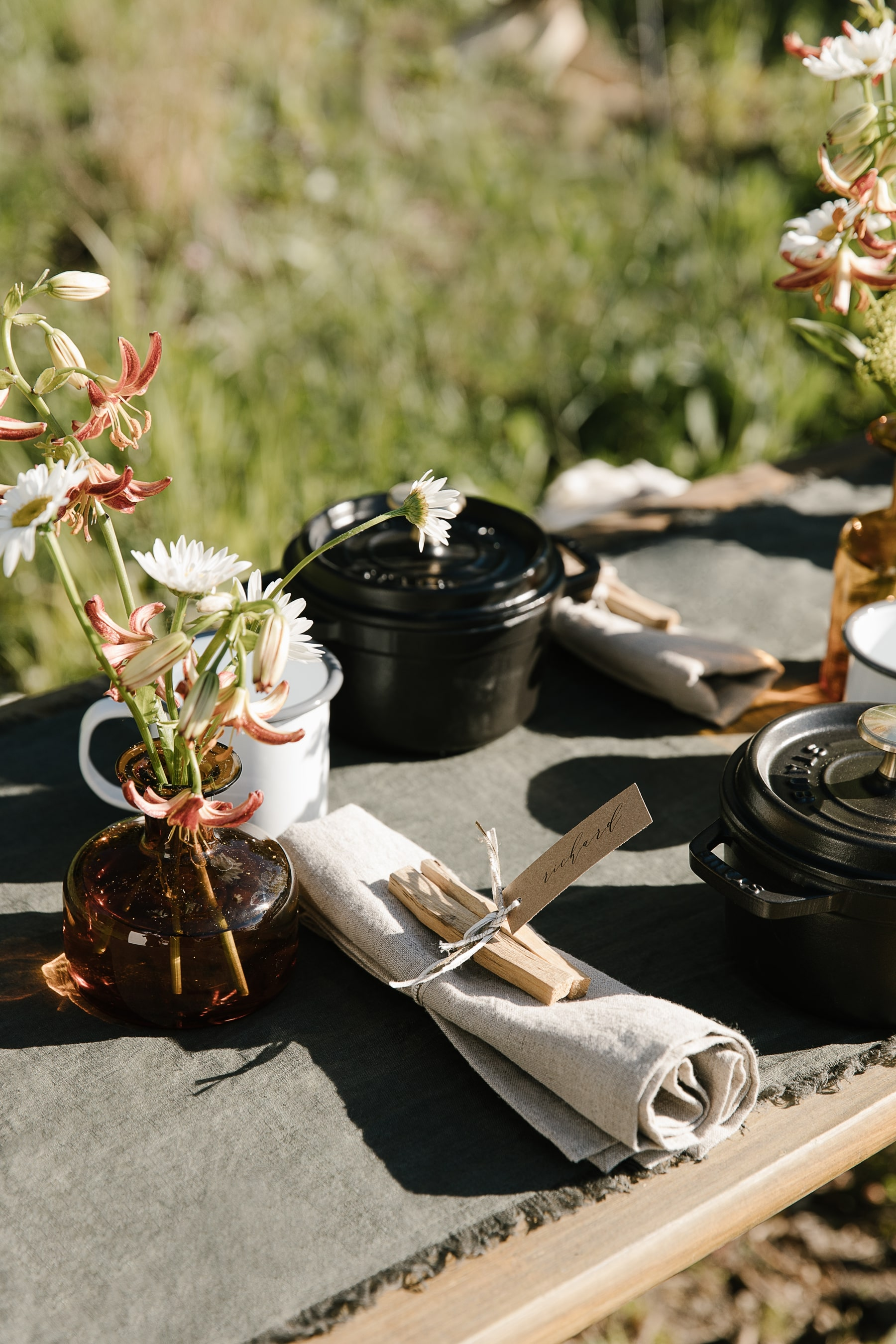 campfire dinner table setting with Jenni Kayne